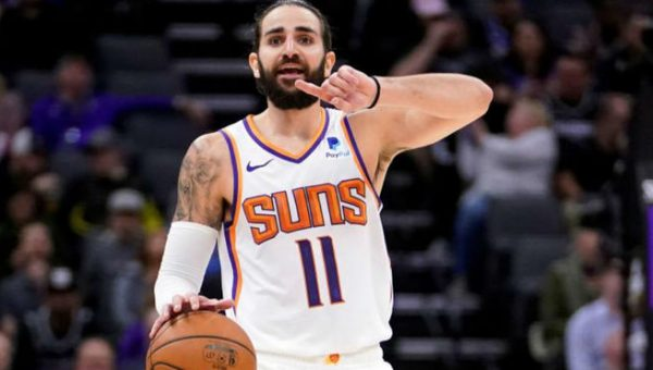 Phoenix Suns y el ataque anacrónico que domina la liga